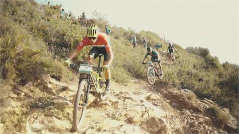 碎石山路飆速 地中海史詩登山車賽超狂