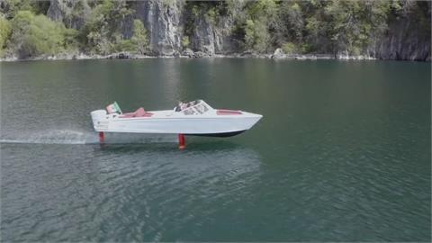 水都威尼斯河道新革命!全球首艘電動水翼艇問世