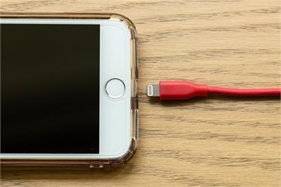蘋果受打擊 歐盟將統一充電接頭規格為Type C