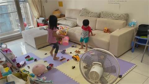 全國停課到暑假 家長們超崩潰... 網友:愛的小手又要缺貨了