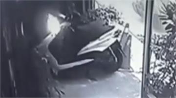 印度行銷總監酒品不佳? 酒後縱火毀機車