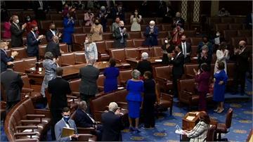 美國新國會上路 裴洛西續任眾院議長
