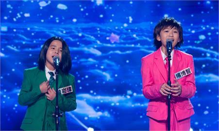 《台灣那麼旺》台語歌壇歌后級王瑞霞與張秀卿前來助陣!小小F4合體戴假髮超萌演唱