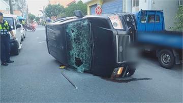 喝到斷片!撞車倒路中央 要警察放開他 一吹酒測值1.2
