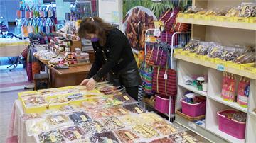 農曆春節倒數!迪化年貨大街取消試吃  民眾逛街意願降低  攤商生意恐掉一半以上