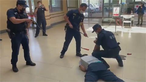 警門諾醫院進行防暴演練 動用「拋式電擊槍」