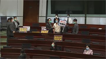 《國歌法》二讀辯論 香港立法會上演攻防戰
