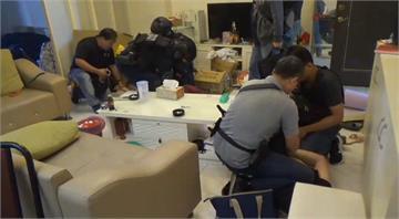快新聞/假冒檢警詐騙還「狡兔4窟」 台南警攻堅逮25歲主嫌17成員