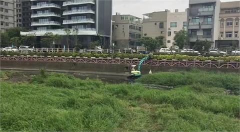 快新聞/廠商就地掩埋大批死魚 腥臭味惹怒新竹豆子埔溪沿岸居民
