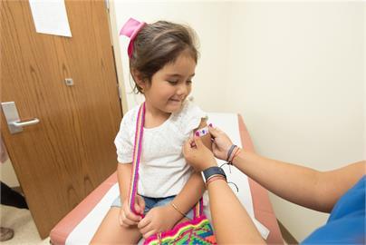 古巴領先全球 2歲以上幼童開打疫苗