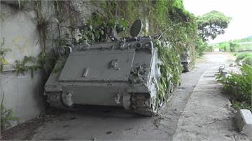 國軍雲豹甲車藏傳統市場 民間設施掩護 國軍戰備週玩偽裝
