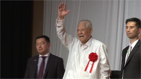 快新聞/李登輝辭世一週年 安倍晉三有意「訪台掃墓」:沒領導人像他為日本著想