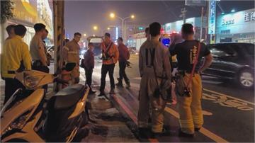 疑騎車聽音樂 女撞上消防車受傷