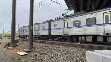 快新聞/台鐵元旦假期再加開6班車「明開搶」 未戴口罩罰1.5萬元
