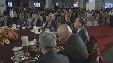 尾牙宴在南港展覽館  大場地長桌距 星級酒店異業結盟 推中小型聚餐
