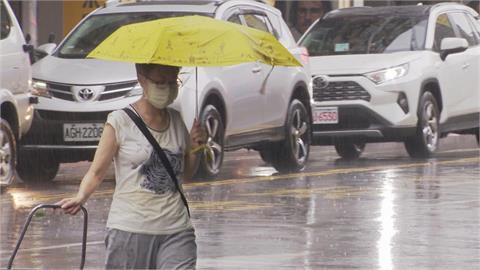 颱風攪局「國慶連假」恐變天!鄭明典1張圖曝「氣象人假日」:盯著它
