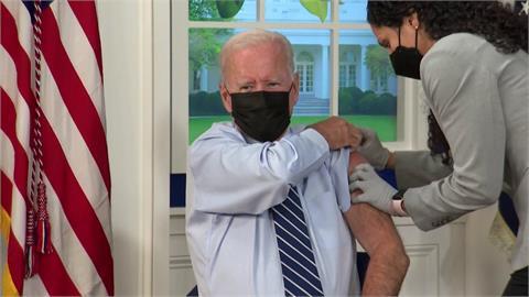 美國開打BNT加強針 總統拜登以身作則接種