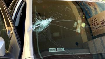 遊客車子臨停店門口被趕 撂人助陣引爆流血衝突