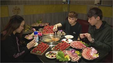 草莓控瘋了! 火鍋店、燒肉業都推「草莓吃到飽」