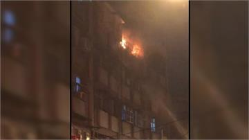 龜山公寓深夜火警 陽台尋獲一具男焦屍