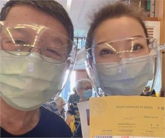 88歲父打疫苗!楊繡惠憂副作用自備退燒藥 直播吐緊張心情