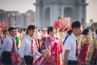 北朝鮮美女沐浴照曝!網留言「好仙」朝鮮文化粉專酸:與南韓風格不同