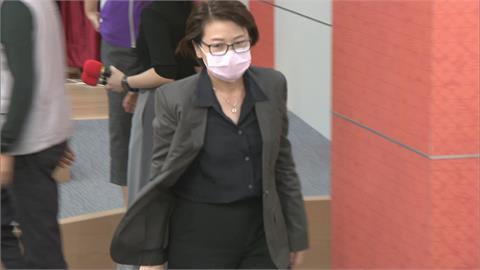 快新聞/行員濫請32天婚嫁銀行不給過遭罰 黃珊珊嘆「恐龍判決」勞動局撤銷處分