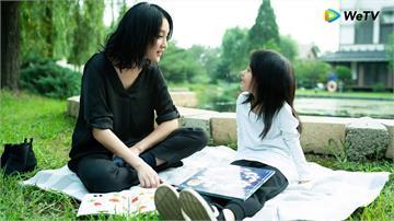 周迅《不完美》成新手媽媽 心痛:一直和世界保持距離,該如何保護小女孩
