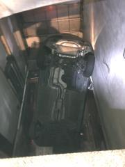 快新聞/汽車疑暴衝墜落6米深停車場 中和男女雙雙送醫