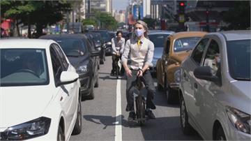電影哈利波特給靈感 聖保羅街頭出現掃把飛輪車