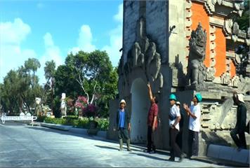 印尼峇里島外海5.7地震 多棟建築物受損