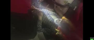 愛琴海強震39死 男子埋33小時獲救