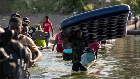 全球/上萬海地人聚集美墨邊境 美國再現難民危機