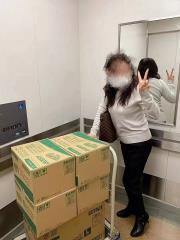中國女掃光日本口罩!曬2千萬日幣炫富:數錢數得指甲都磨掉了