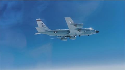 太平洋上空緊張! 俄戰機攔截驅趕美偵察機