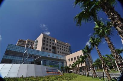 快新聞/雙和醫院爆院內群聚感染!「病患採檢陰轉陽」造成10名染疫