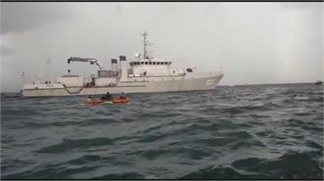 印尼客機墜海62人失聯 軍方已鎖定黑盒子位置