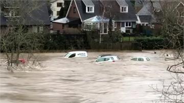 英國連日暴雨淹大水 逾7百處發布水災警報
