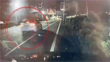 到底誰是塑膠做的?警察目睹車禍肇逃事故...當沒事就開走了