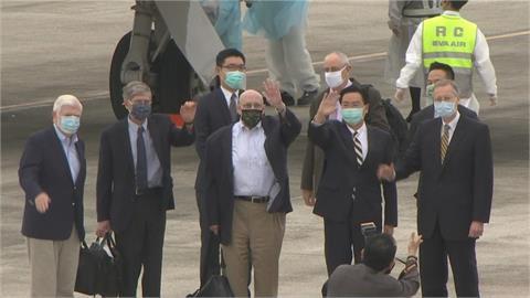 快新聞/府院接見陶德訪團 國民黨籲「承認疫苗政策失靈」:向美求援