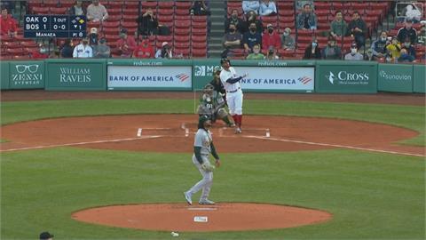 MLB/紅襪打爆運動家 藍鳥星二代聯手逆轉