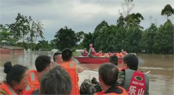重慶淹大水民眾當景點看 習近平訪安徽聽解放軍報告