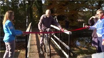 騎鐵馬達100萬英里 82歲「不老騎士」寫紀錄