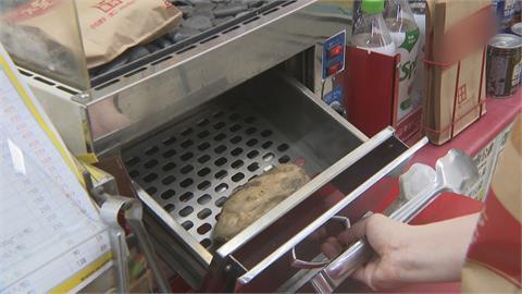 超商茶葉蛋、關東煮、燒蕃薯可以賣了 店員代客夾取
