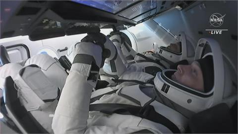 完成超過160天任務 4名太空人搭SpaceX順利回到地球