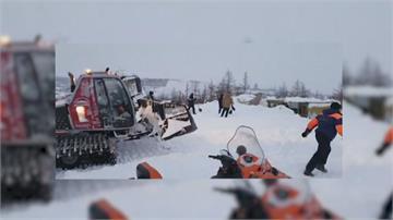 無路可逃! 西伯利亞滑雪場雪崩 1家3口罹難