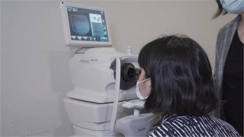 防治視網膜病變 洗腎中心攜手AI篩檢