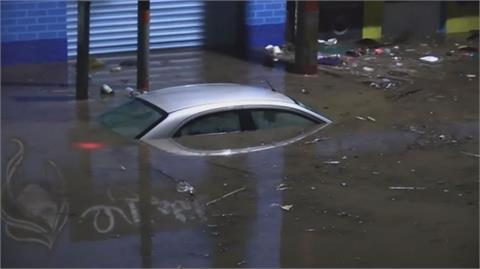 墨西哥暴雨釀洪災 醫院淹水供氧中斷17死