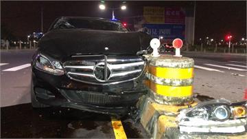 路口沒遵守號誌!2車相撞5人傷