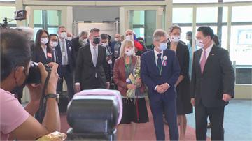 快新聞/捷克參院議長訪團抵台飯店內採檢 檢驗結果出爐
